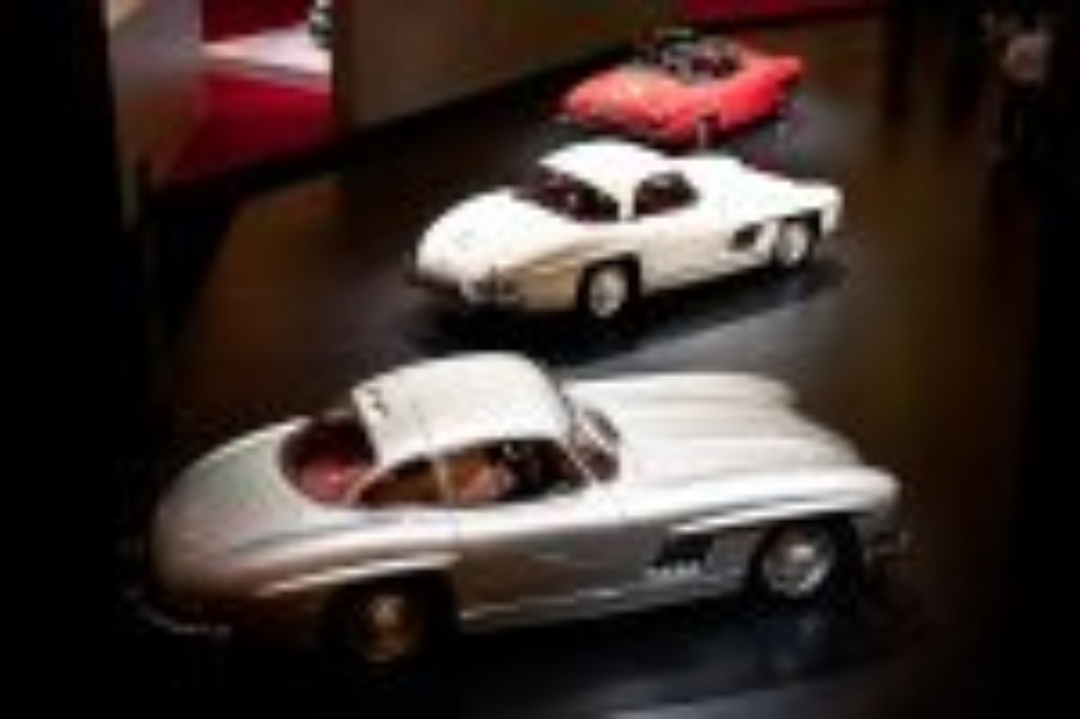 Mercedes-Benz-Stand-2012-techno-classica-essen-001