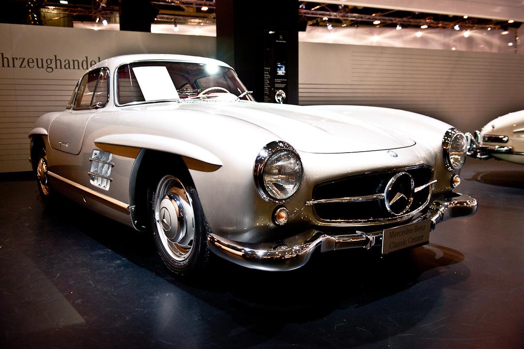 Mercedes-Benz-Stand-2012-techno-classica-essen-004