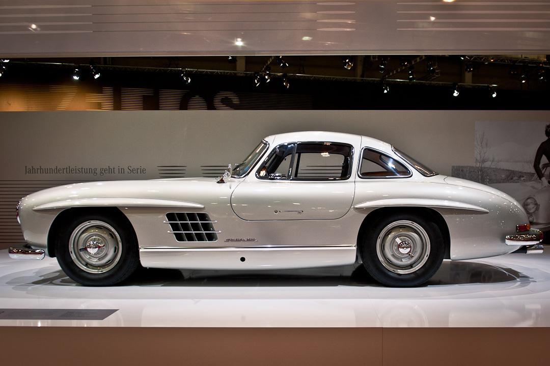 Mercedes-Benz-Stand-2012-techno-classica-essen-027