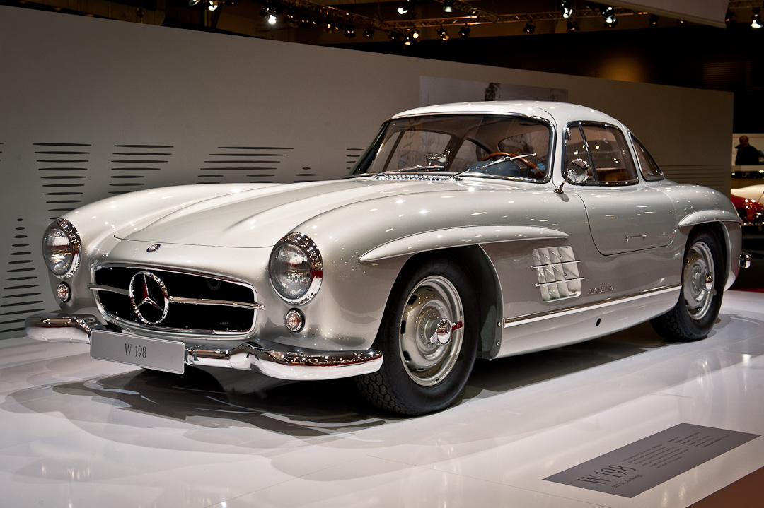 Mercedes-Benz-Stand-2012-techno-classica-essen-028