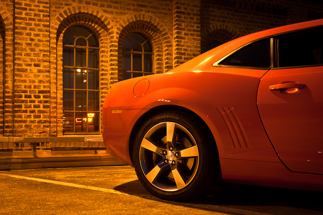 2012-chevrolet-camaro-coupe-v8-bigblock-inferno-orange-011