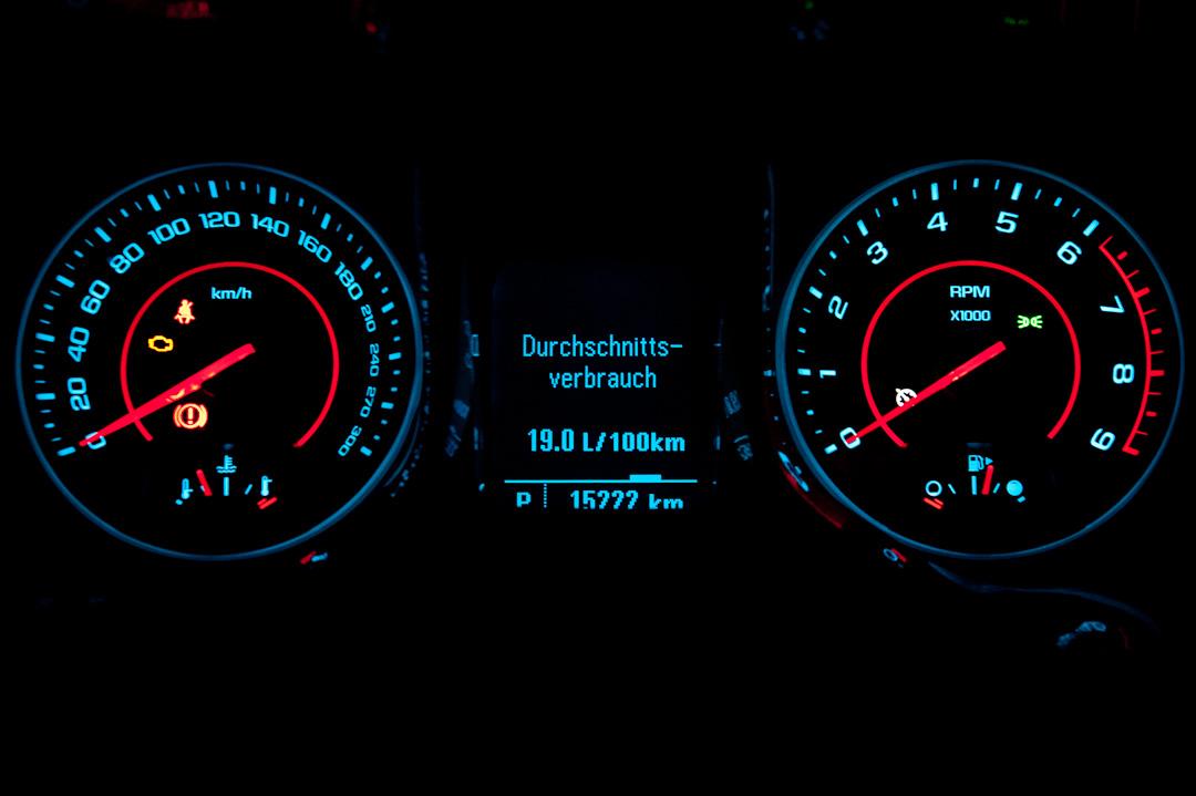 2012-chevrolet-camaro-coupe-v8-bigblock-inferno-orange-014