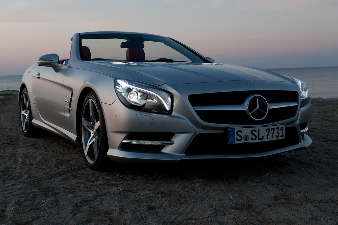 probefahrt der neue mercedes benz sl 500 blueefficiency. Black Bedroom Furniture Sets. Home Design Ideas