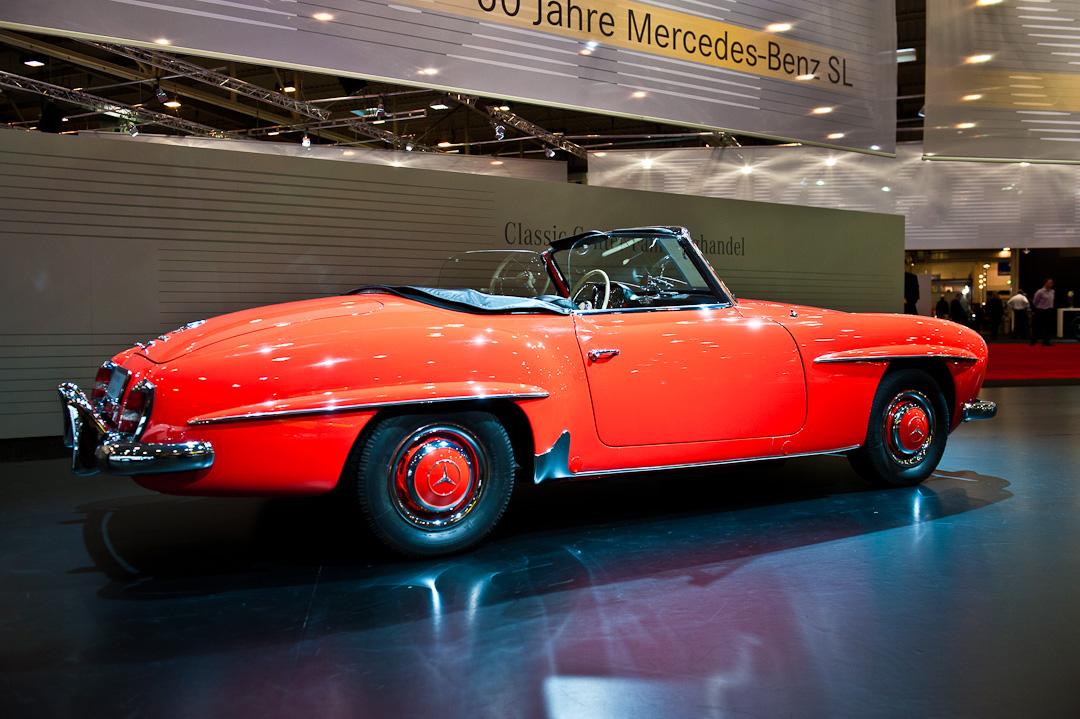 Mercedes-Benz-Stand-2012-techno-classica-essen-005