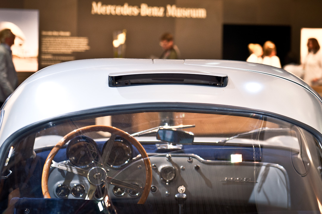 Mercedes-Benz-Stand-2012-techno-classica-essen-030