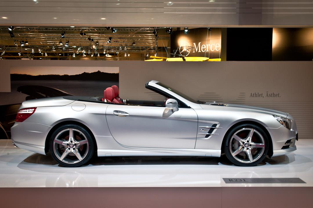 Mercedes-Benz-Stand-2012-techno-classica-essen-036