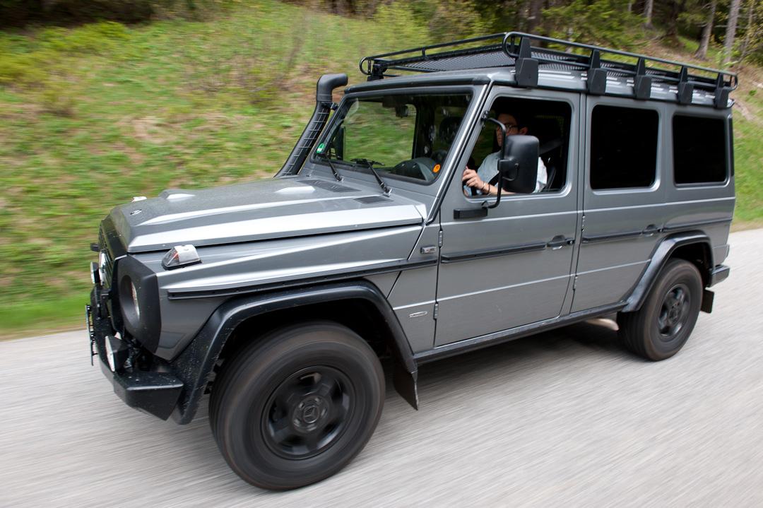 2012-Mercedes-Benz-G-Professional-Pur-014