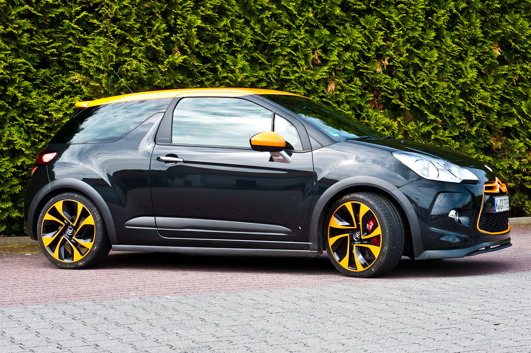 2012-citroen-ds3-racing-sport-schwarz-orange-003
