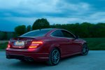2012-mercedes-benz-c-63-amg-coupe-rot-c204-017