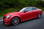 2012-mercedes-benz-c-63-amg-coupe-rot-c204-022