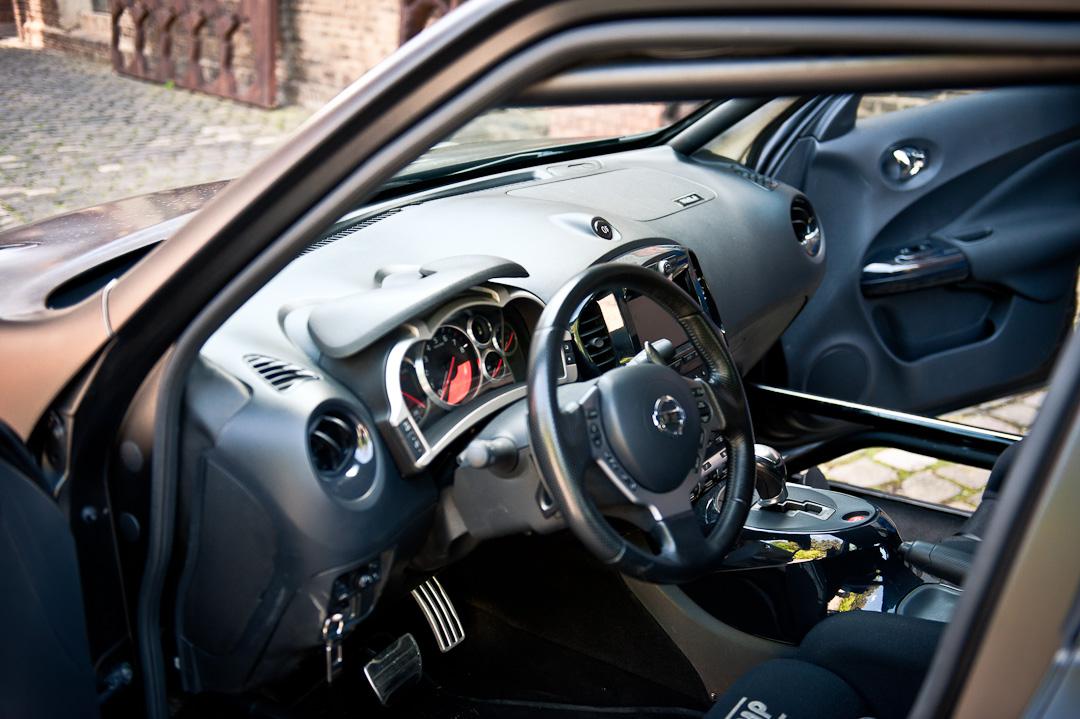 Nissan-juke-r-lhd-testdrive-010