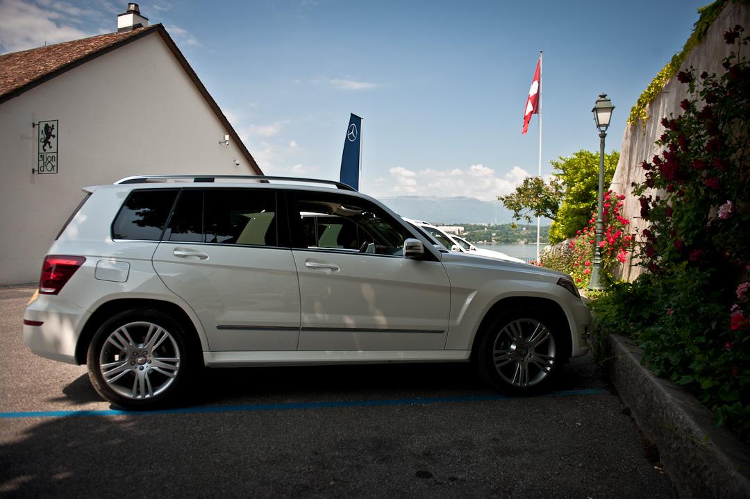 2012-Mercedes-Benz-GLK-X204-010