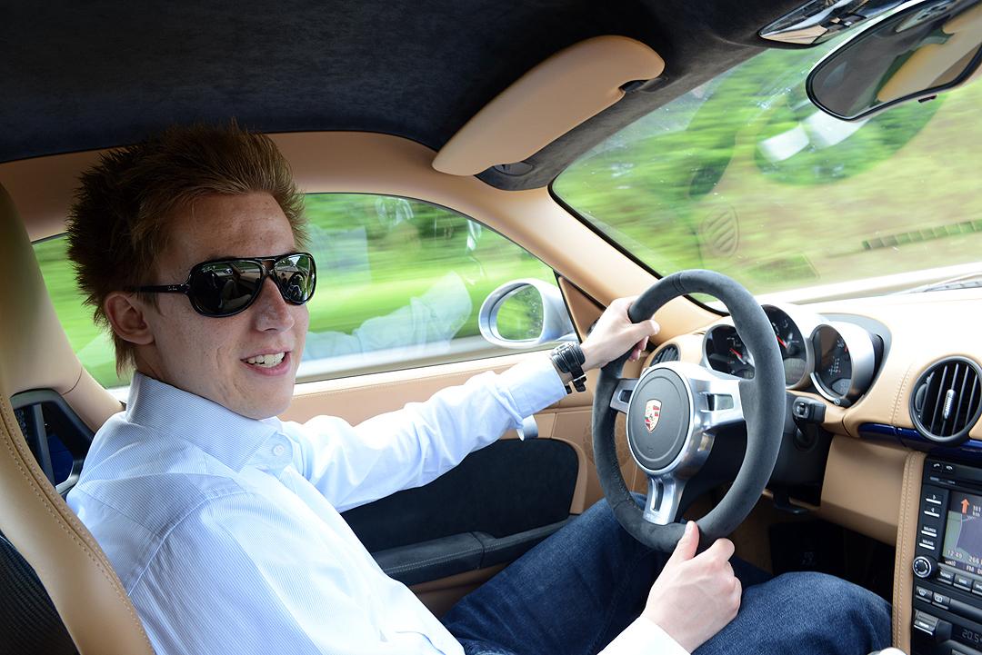 Fahren-Porsche-Cayman-R