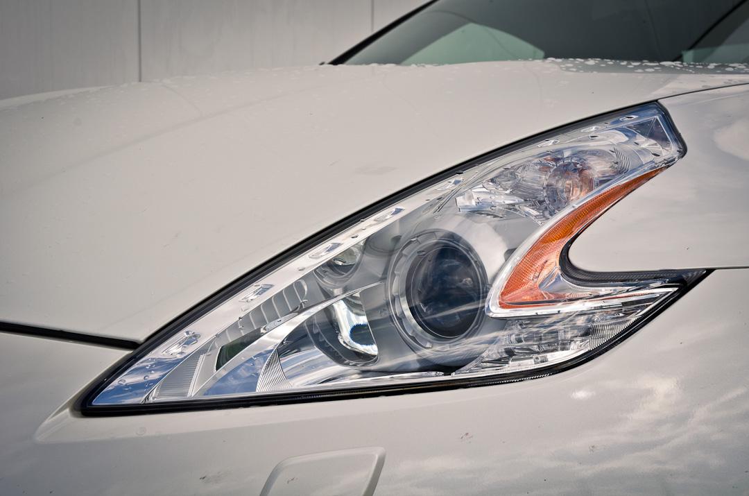 2012-Nissan-370Z-GT-Edition-002