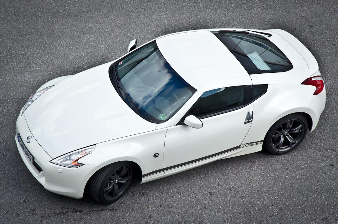 2012-Nissan-370Z-GT-Edition-018