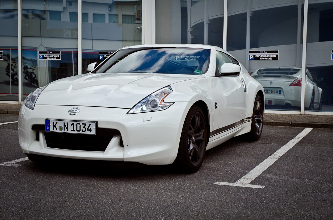 2012-Nissan-370Z-GT-Edition-023