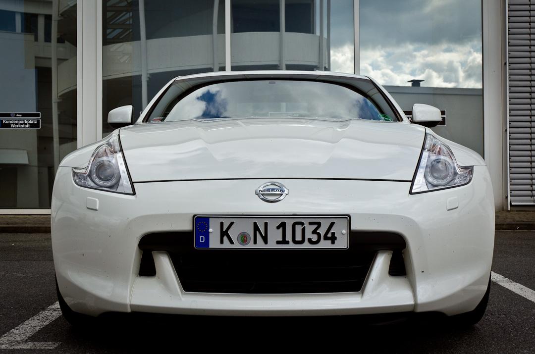 2012-Nissan-370Z-GT-Edition-025