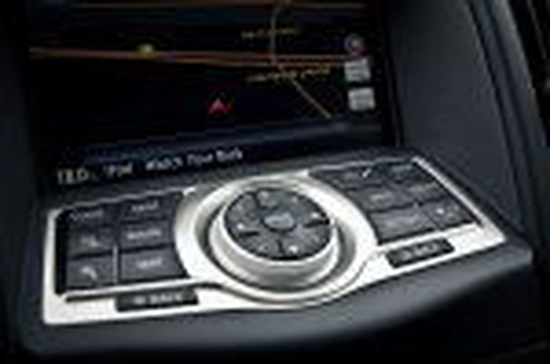 2012-Nissan-370Z-GT-Edition-031