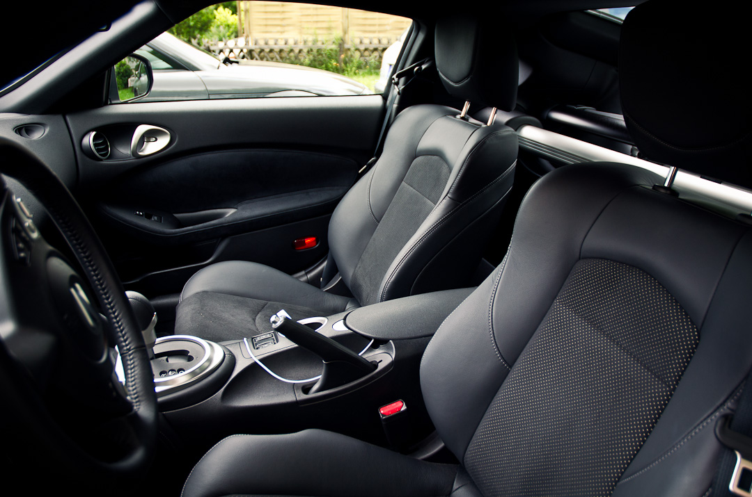 2012-Nissan-370Z-GT-Edition-035