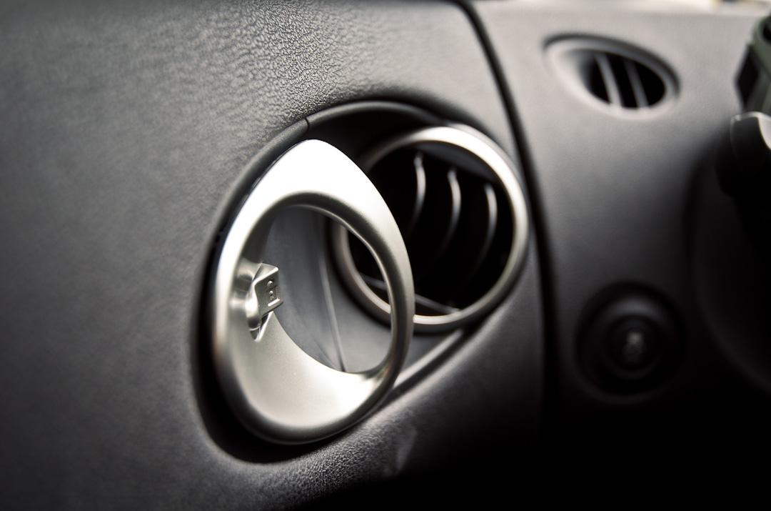 2012-Nissan-370Z-GT-Edition-034