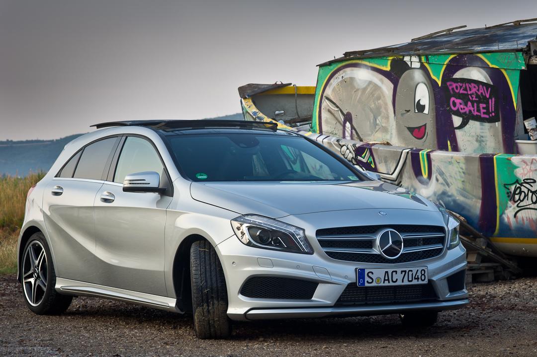 2012-Mercedes-Benz-A-Klasse-A-200-220-CDI-polar-silver-designo-mountain-grey-magno-16