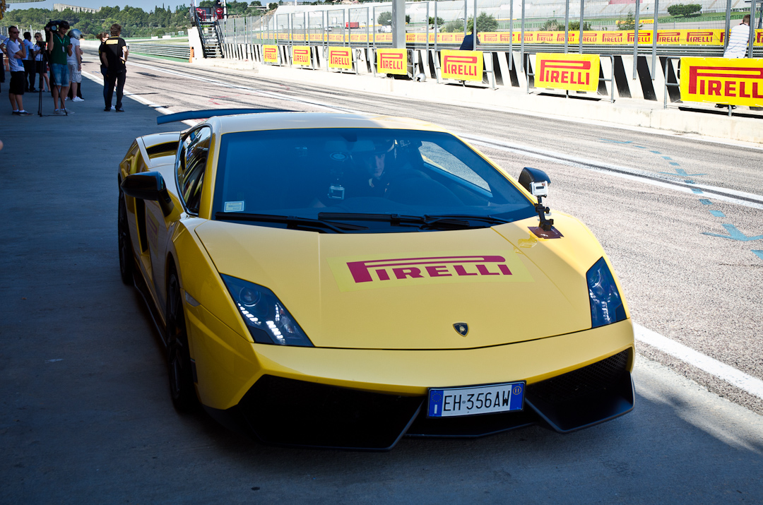 2012-Lamborghini-Gallardo-Superleggera-04