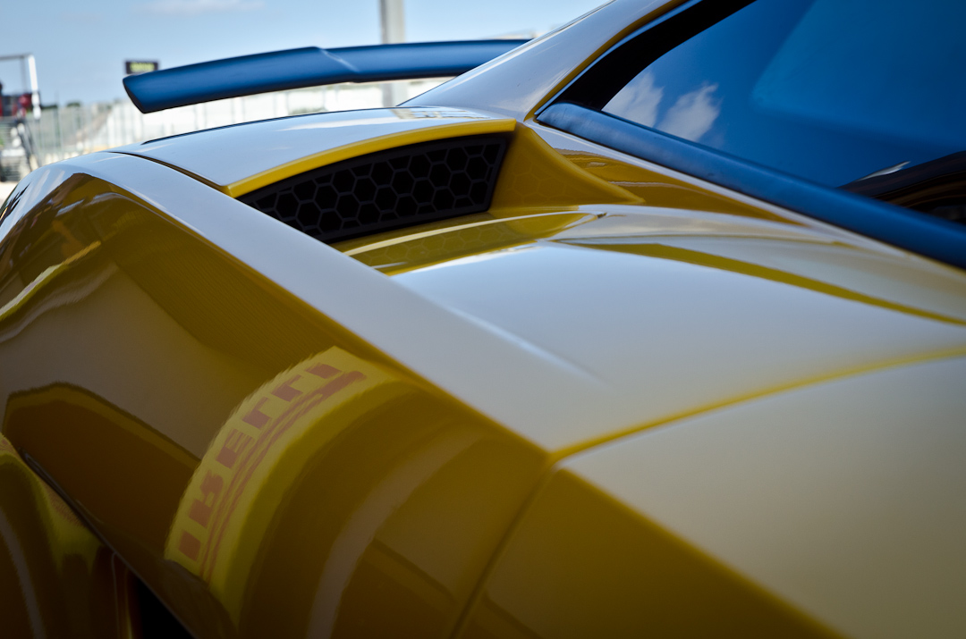 2012-Lamborghini-Gallardo-Superleggera-06
