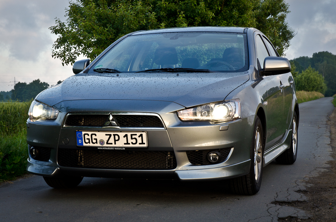 2012 mitsubishi lancer 16 mivec cleartec 35jahre 03. Black Bedroom Furniture Sets. Home Design Ideas
