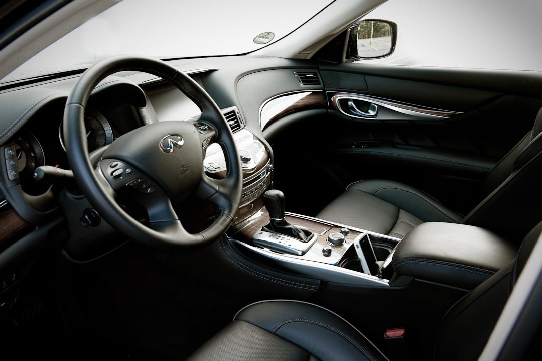 Kurz gefahren: 2012 Infiniti M35h Hybrid GT Premium