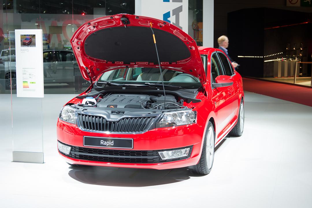 Neuer skoda rapid tschechische limousine in volkswagen for Garage volkswagen paris 13