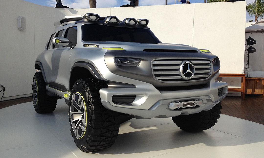 Mercedes-Benz Ener-G-Force Concept Car live in L.A.