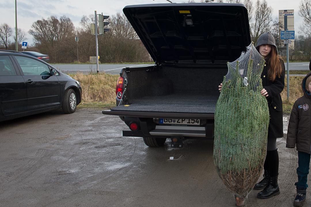 2012-Mitsubishi-L200-Weihnachtsbaum-003