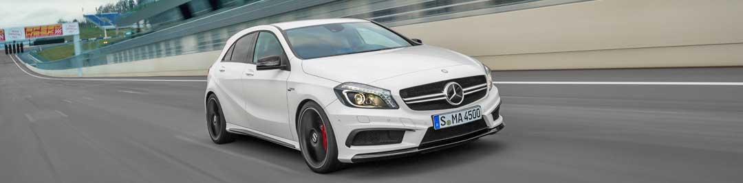 2013-Mercedes-Benz-A-45-AMG-Edition-1-Cirrusweiss-4-fahrbild