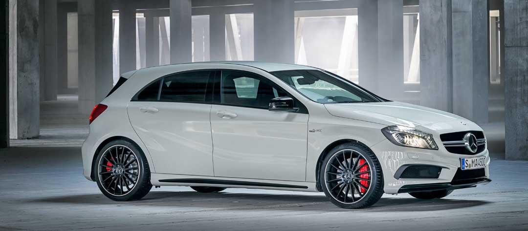 2013-Mercedes-Benz-A-45-AMG-Edition-1-Cirrusweiss-seite