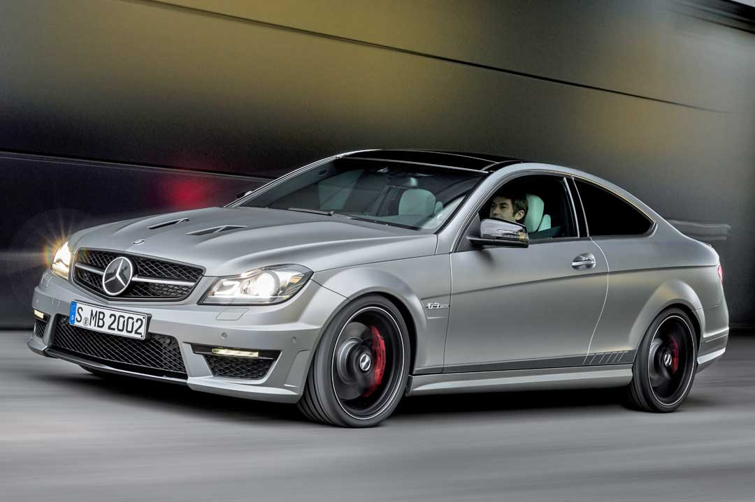 mercedes-benz-c-63-amg-coupe-edition507-silber