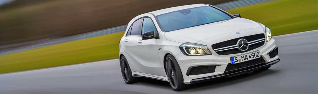 2013-Mercedes-Benz-A-45-AMG-Edition-1-Cirrusweiss-5-fahrbild