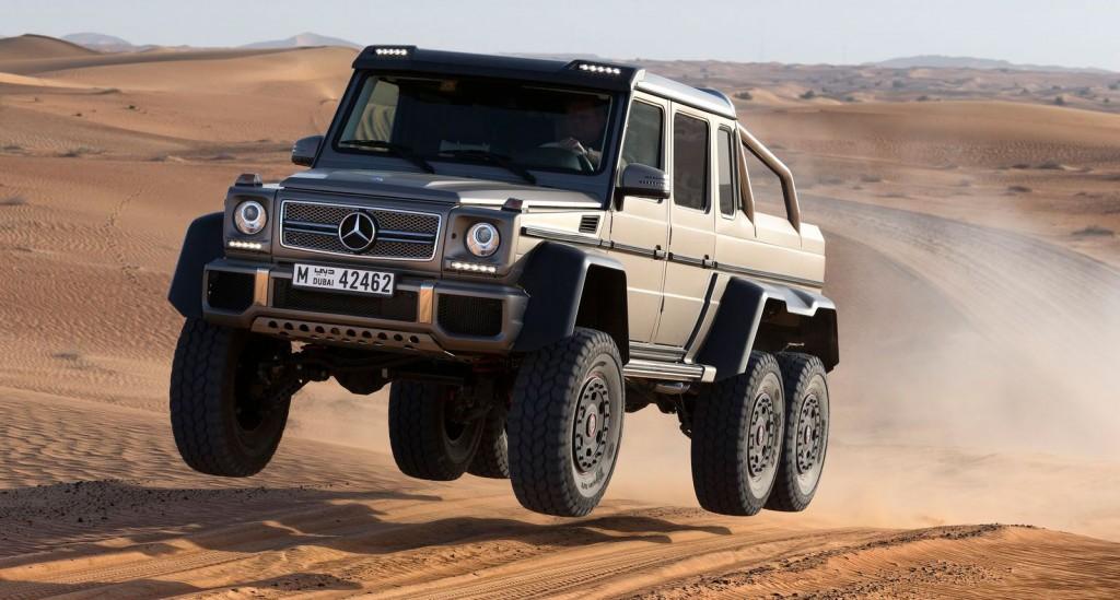 2013-Mercedes-Benz-G63-AMG-6x6Showcar-dubai-wueste-03