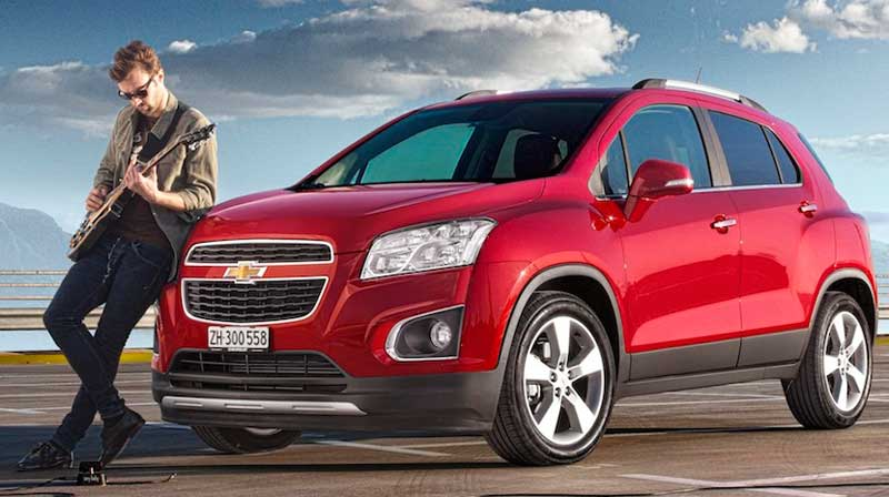 2013-Chevrolet-Trax-rot-vorne-links