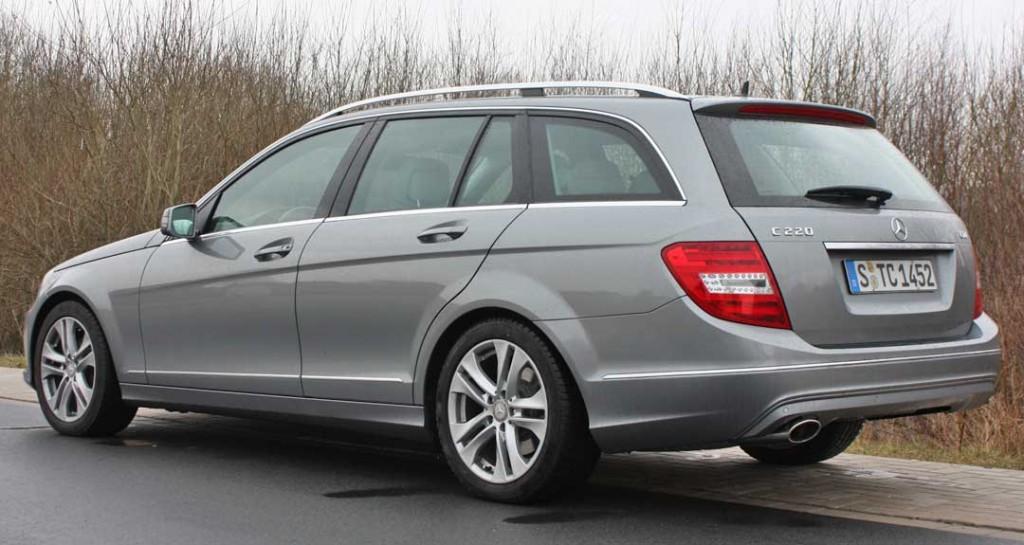 2013-mercedes-benz-c220-cdi-t-modell-silber-hinten-links
