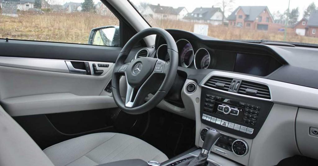 2013-mercedes-benz-c220-cdi-t-modell-silber-innen
