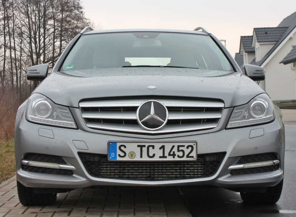 2013-mercedes-benz-c220-cdi-t-modell-silber-front