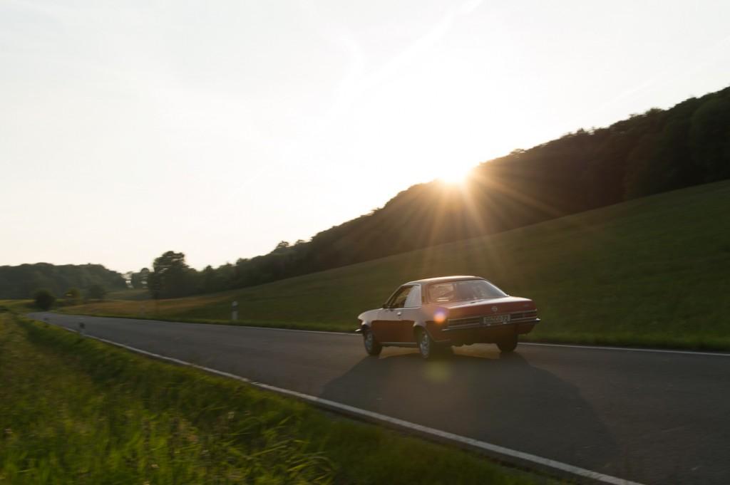1972-Opel-Commodore-25-rallye-rot-01