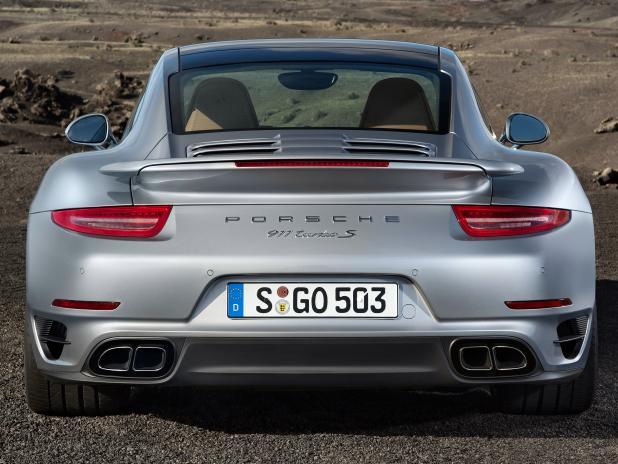 2013-Porsche-911-Turbo-S-991-Heck