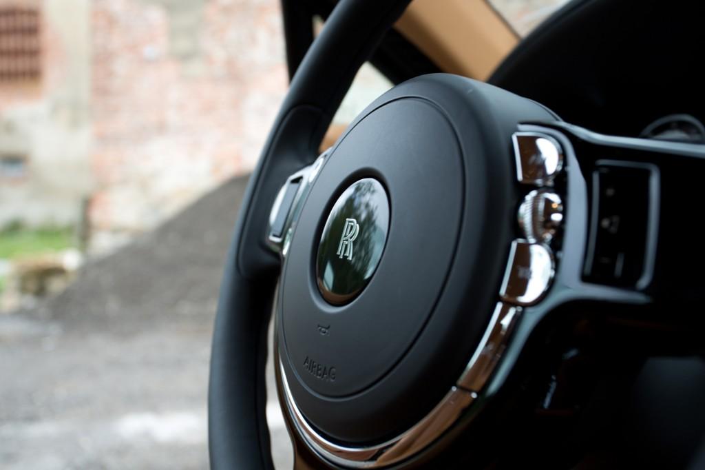 2013-Rolls-Royce-Wraith-H68C6399590