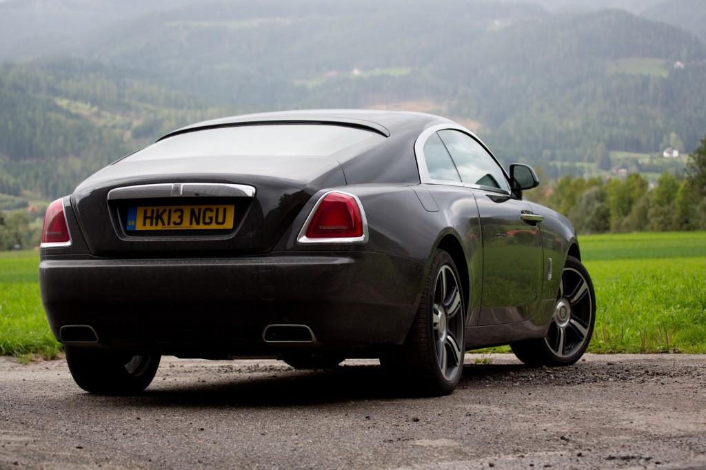 2013-Rolls-Royce-Wraith-H68C6410600