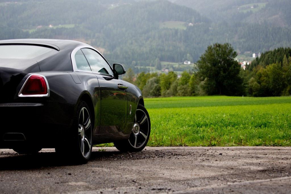 2013-Rolls-Royce-Wraith-H68C6413603