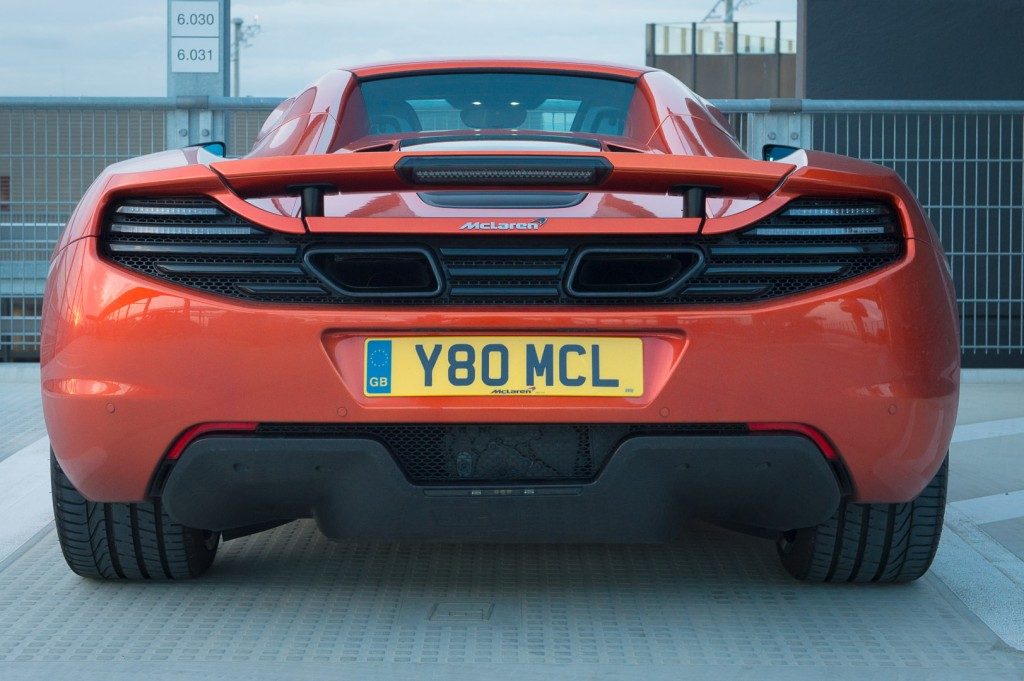 2013-mclaren-mp4-12c-spider-orange-19