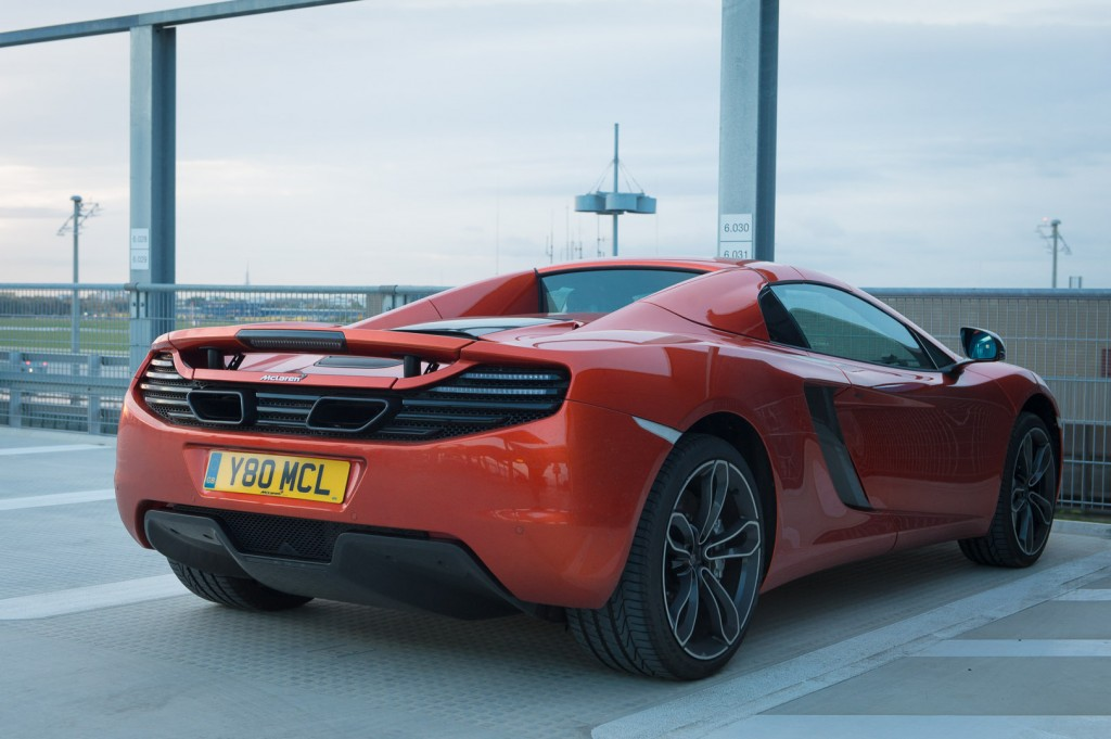 2013-mclaren-mp4-12c-spider-orange-20