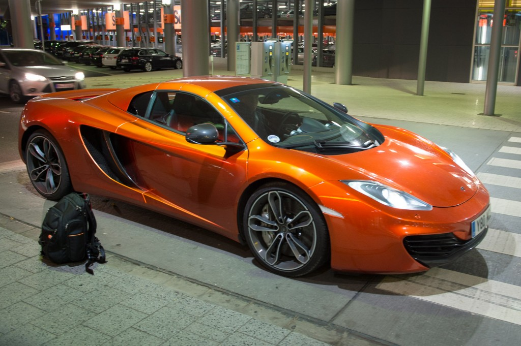 2013-mclaren-mp4-12c-spider-orange-22