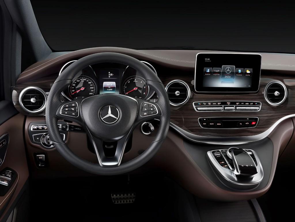 2014-Mercedes-Benz-V-Klasse-Interior-08